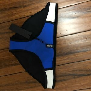 NEVERWORN Triangl Swimsuit BOTTOM LARGE TOP MEDIUM